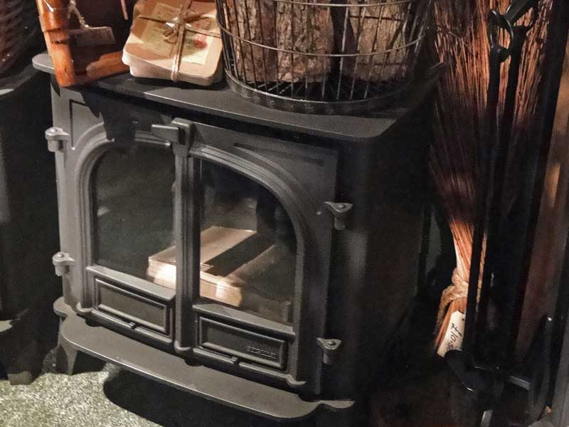 Log burning stoves