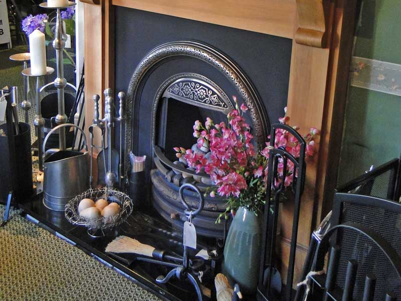 Dual Fuel fireplace and fireplace accessories