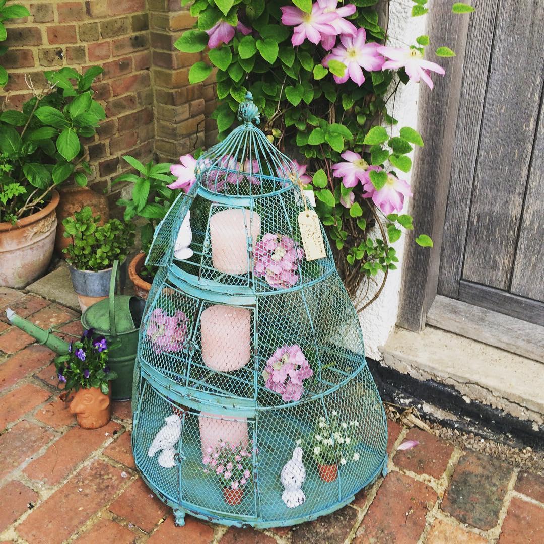 Decorative metal bird cage