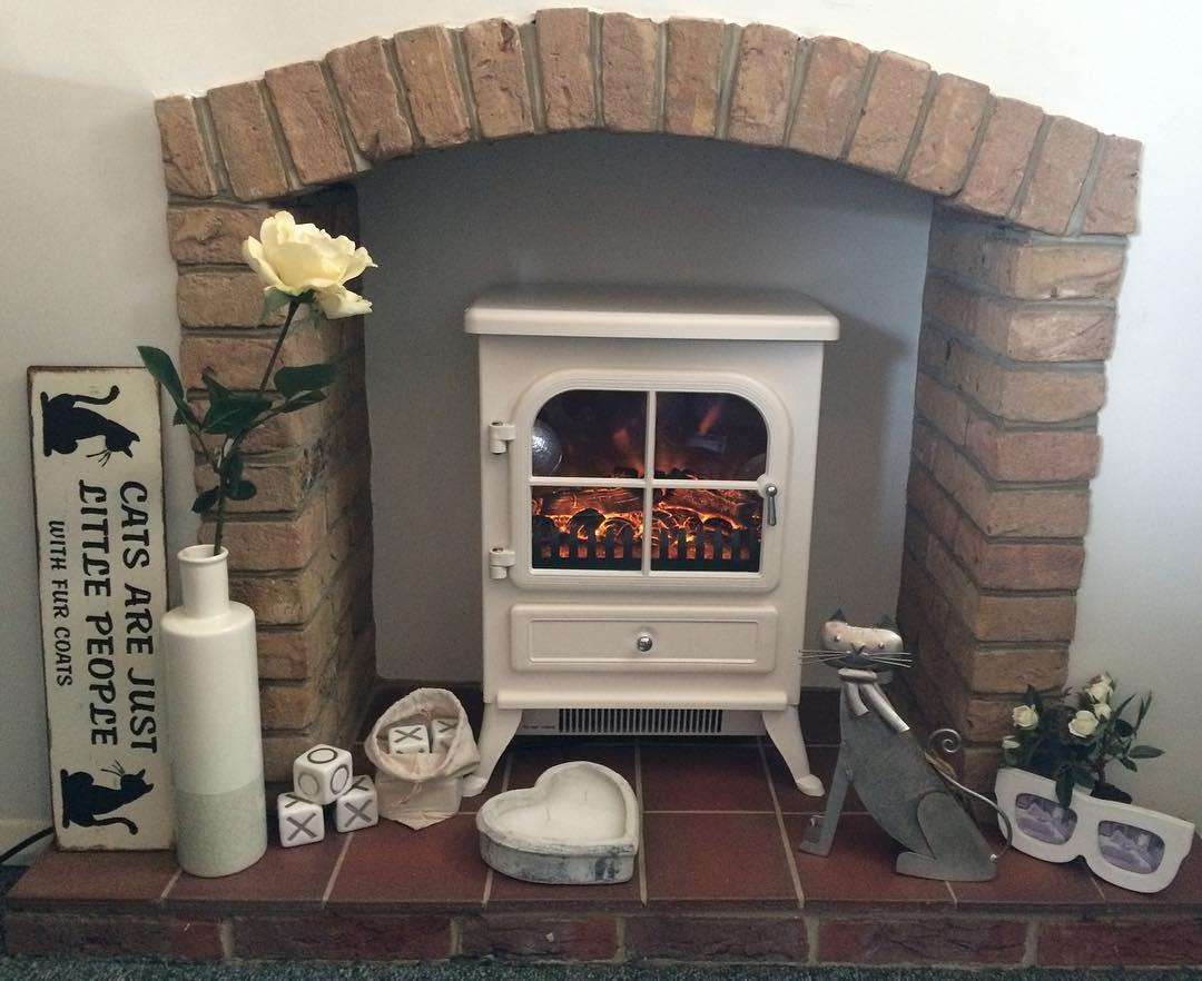 Vista electric flame effect stove